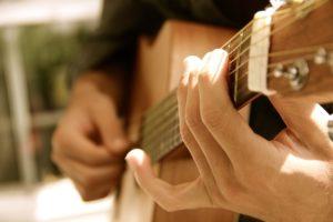 ギターコードの基礎知識 (マイナーコード編)