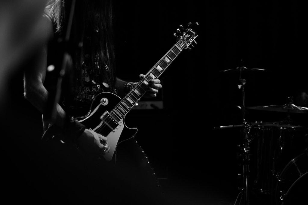 カッコいいギタリストの画像