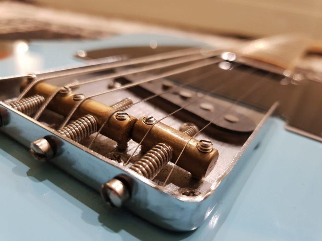 ギターブリッジの画像