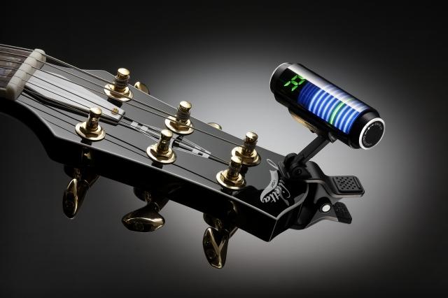 クリップ式ギターチューナー